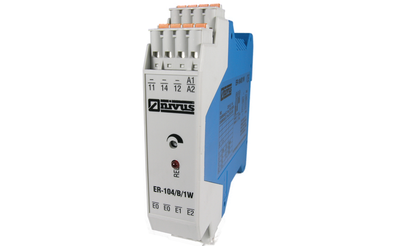 Electrode relay 104 for level switch and control